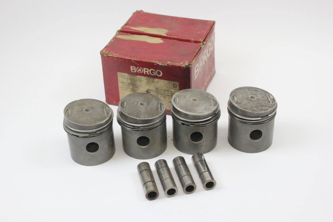 pistons set