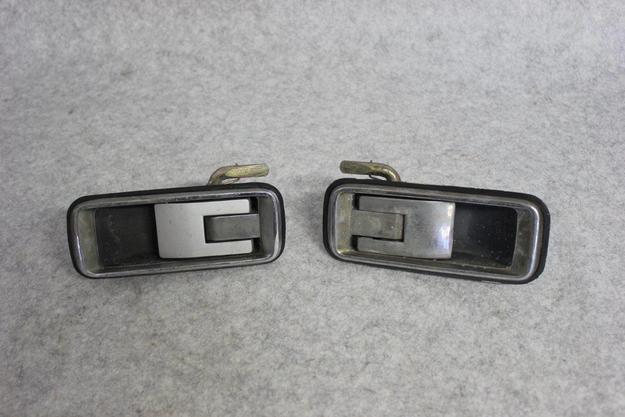 rear door handles