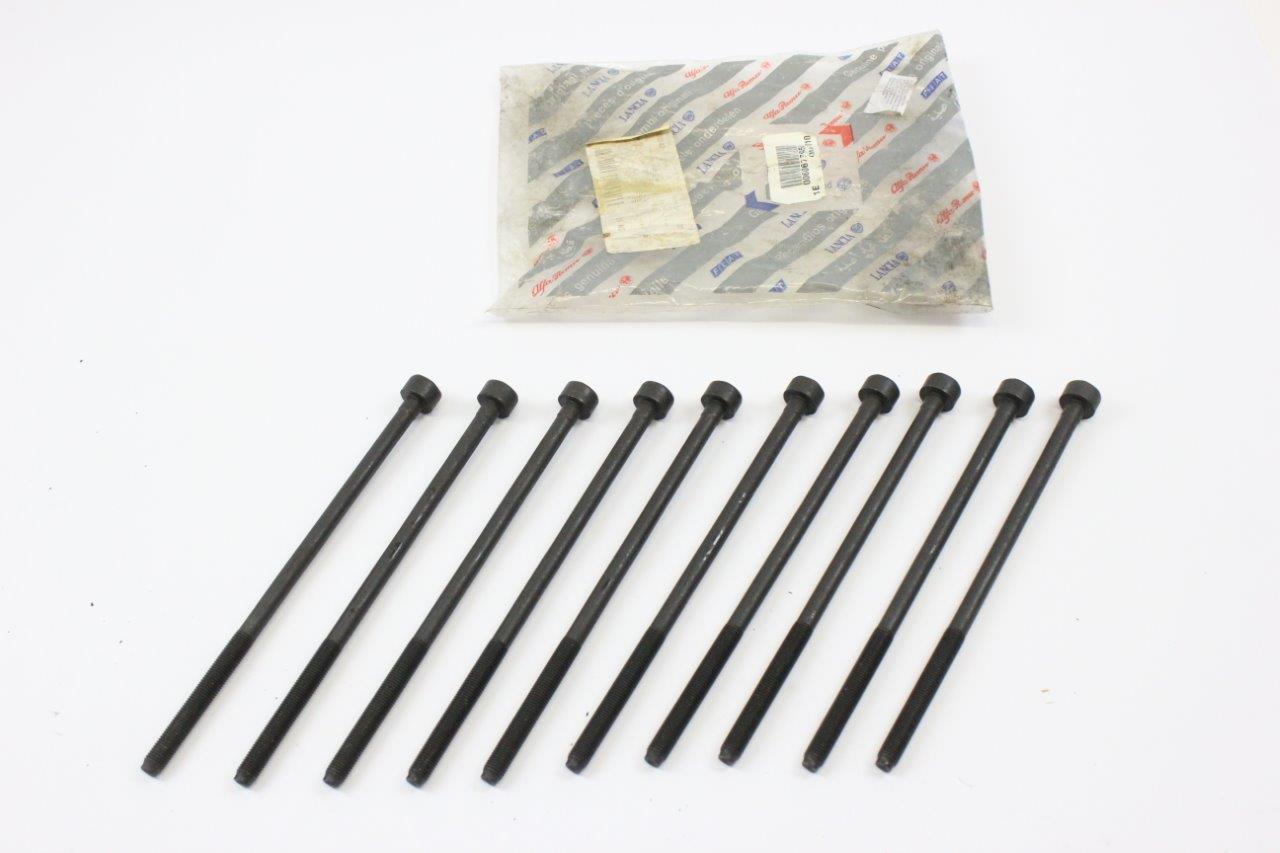 cylinder head bolts set