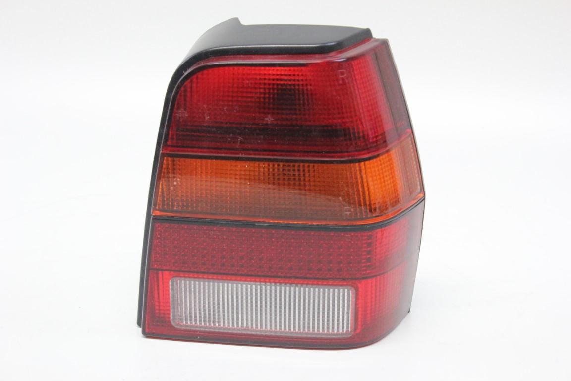 right rear light