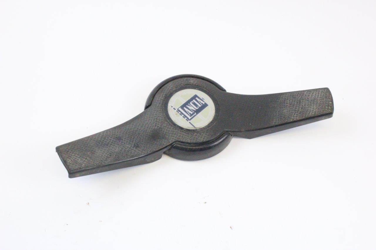steering wheel horn switch
