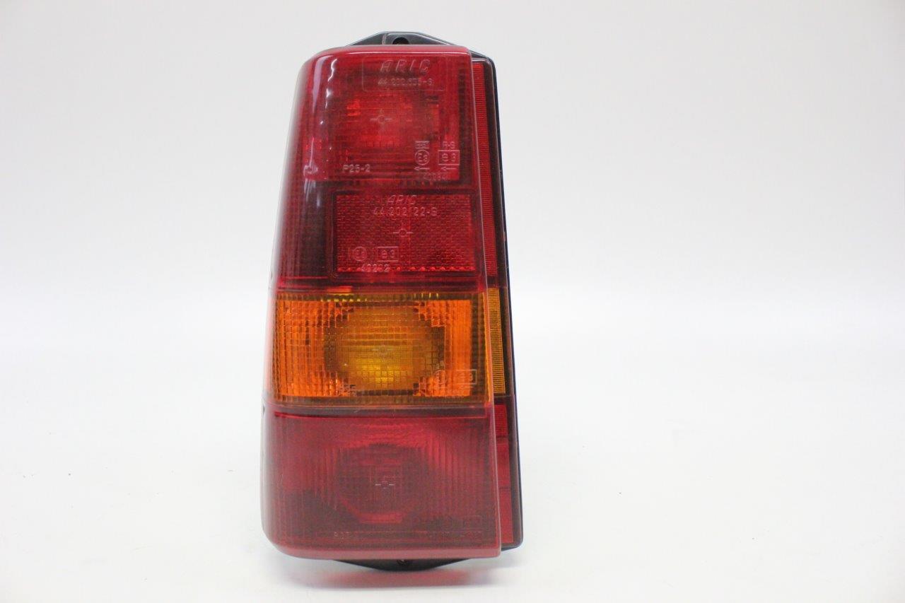 left rear light