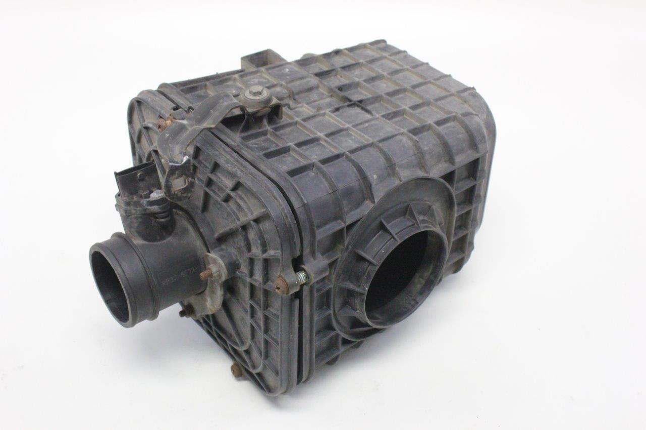 air filter box and air flow sensor