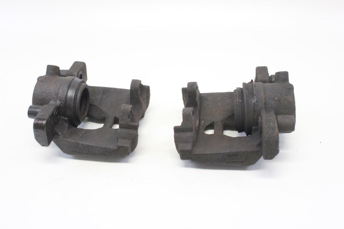 2x front brake caliper