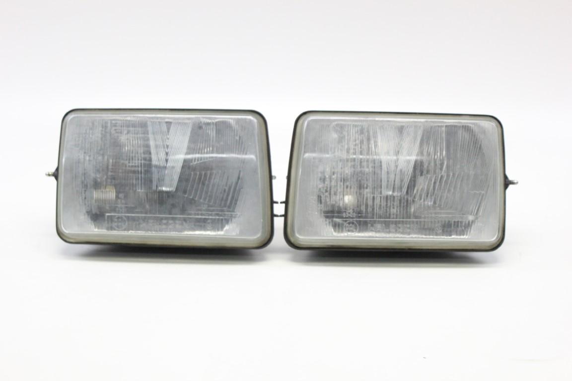 2x headlight