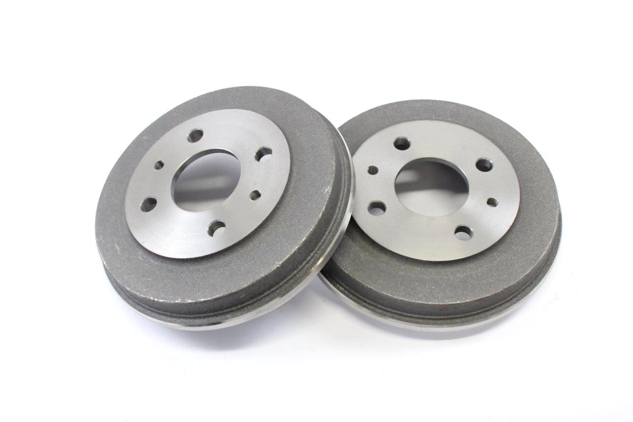 rear brake drum (2x)