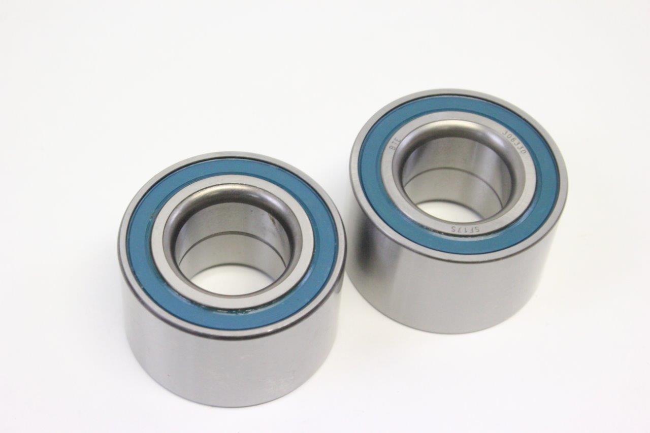2x rear wheel bearing