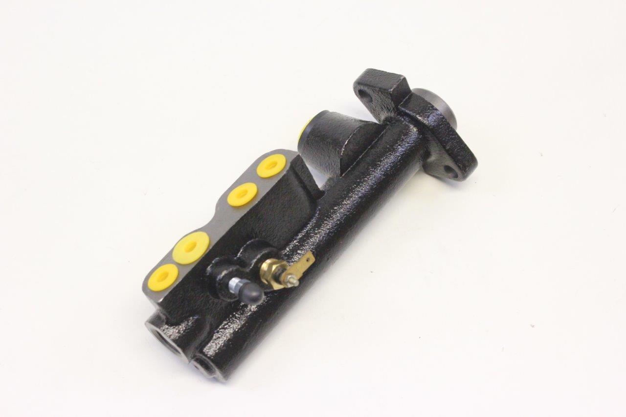 brakes master cylinder