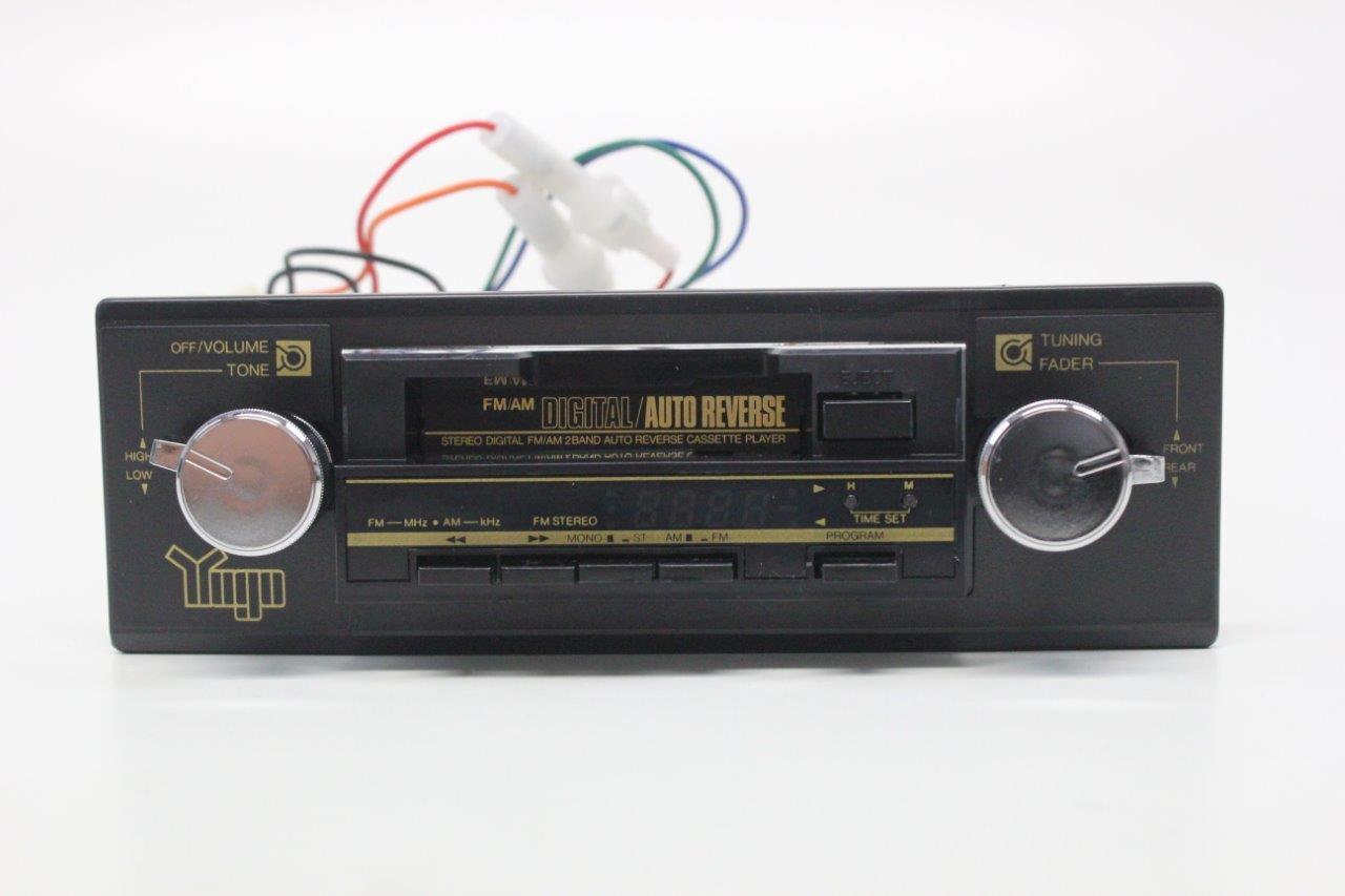 original Yugo radio