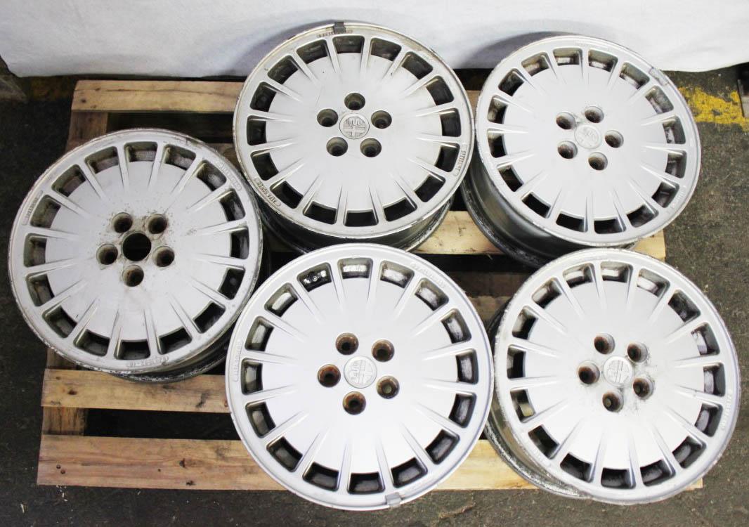 4x alloy wheel