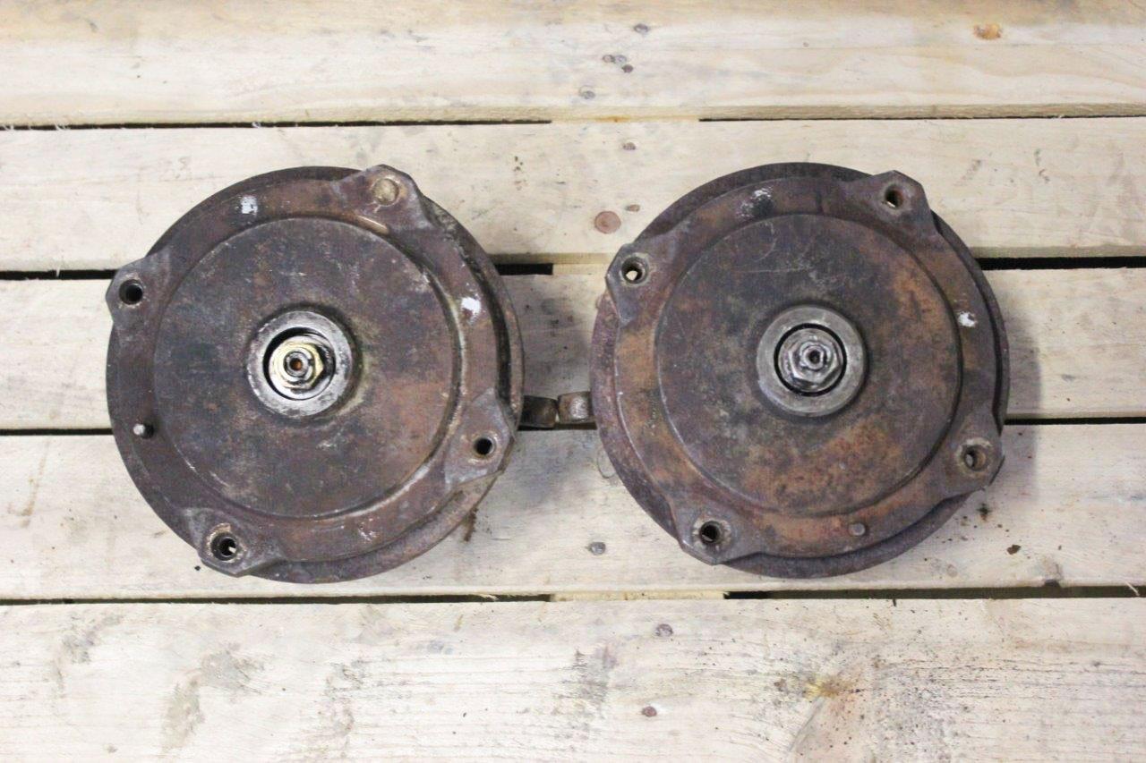 front wheel stub axles
