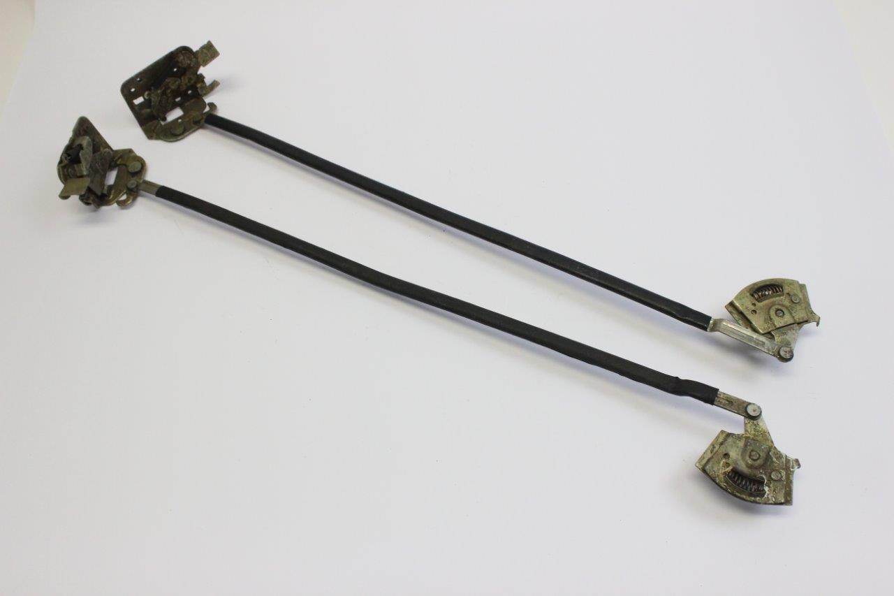 2x rear door lock mechanism